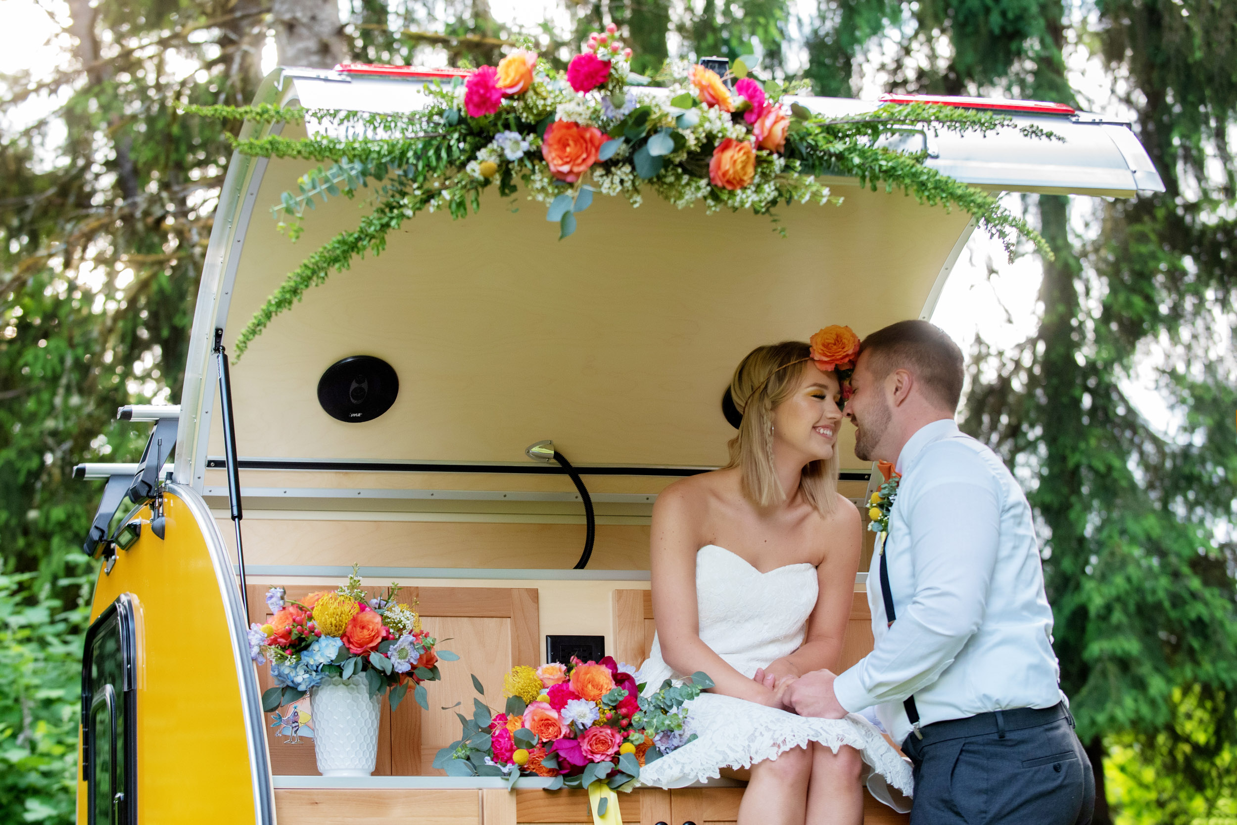 cute couple, bride and groom, love is not cancelled, love inspiration, wedding idea, wedding inspiration, altar installation, wedding florals, oregon wedding flowers, oregon wedding florist, portland wedding florist, portland wedding flowers, bridal bouquet, elopement flowers