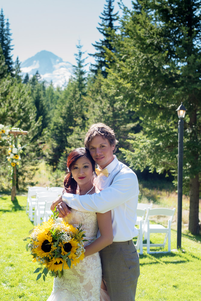 bride and groom, couple, engaged, elopement, wedding day, wedding details, outdoor wedding, forest wedding, mountain wedding, summer wedding, outdoor summer wedding, sunflower wedding