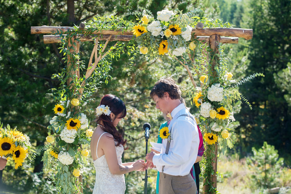 A Sunflower Wedding at Cooper Spur Mountain Resort on Mount Hood