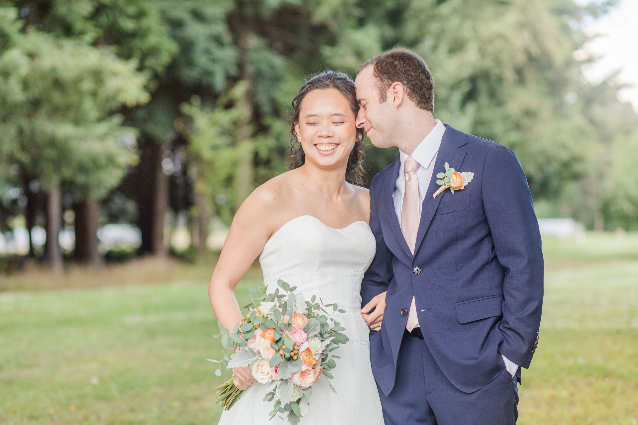 A beautiful and intimate outdoor wedding on Sauvie's Island in Portland, OR