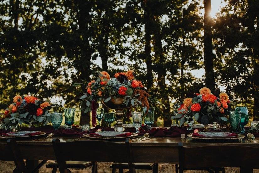 A Jewel-toned Wedding Styled Shoot at Eola Hills Legacy Estates Vineyard in Salem, Oregon