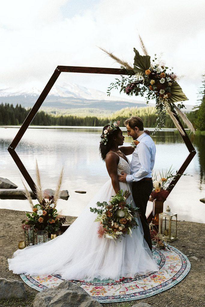 oregon wedding florist, portland wedding florist, portland wedding flowers, portland wedding, trillium lake, mount hood, elopement, elopement wedding, elopement wedding flowers, adventure elopement