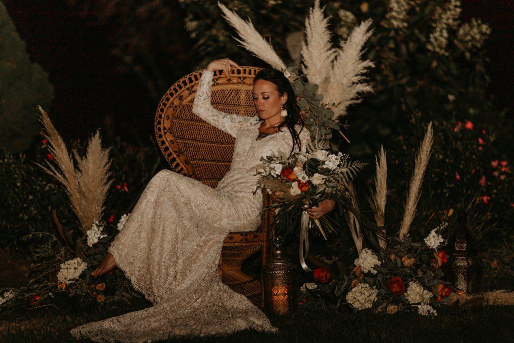 peacock chair, wicker peacock chair, wicker chair, boho wedding, bohemian wedding, pampas grass wedding, chair installation, floral installation, oregon wedding flowers, oregon wedding florist, portland wedding flowers, portland wedding florist, bride bouquet, boho bouquet, bohemian bridal bouquet