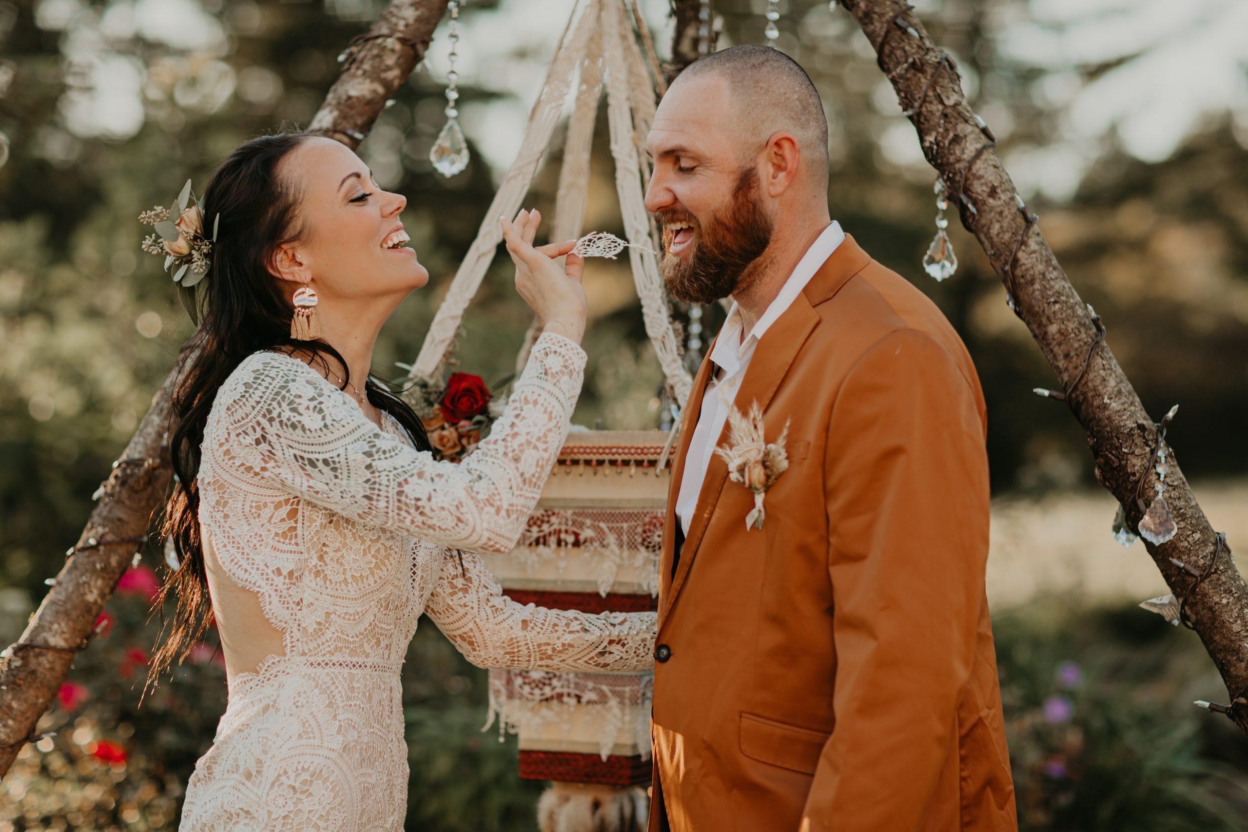 bride and groom, boho bride, boho wedding, bohemian wedding, bohemian outdoor wedding