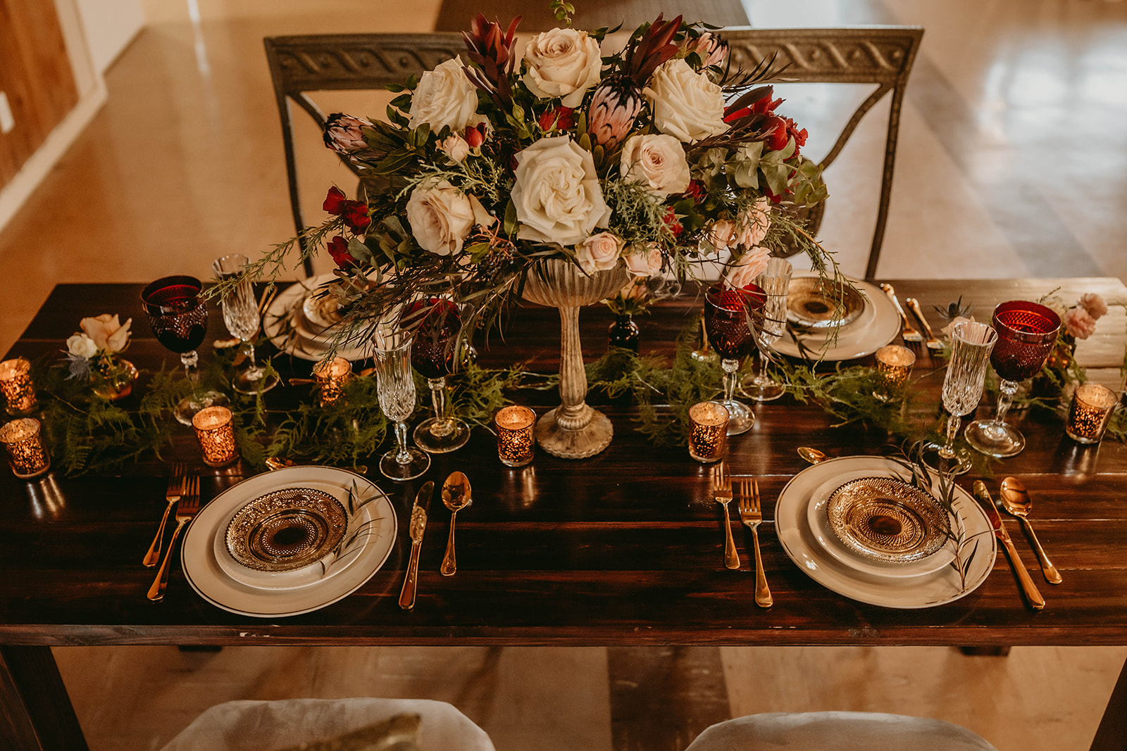 romantic wedding flowers, tablescape, wedding table, sweetheart table, portland wedding florist, oregon wedding florist, vintage wedding, chapel wedding